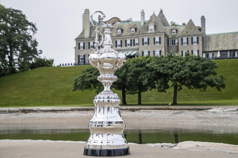 The America's Cup Trophy in front of the New York Yacht Club's Newport Club House photo copyright Carlo Borlenghi taken at New York Yacht Club and featuring the ACC class