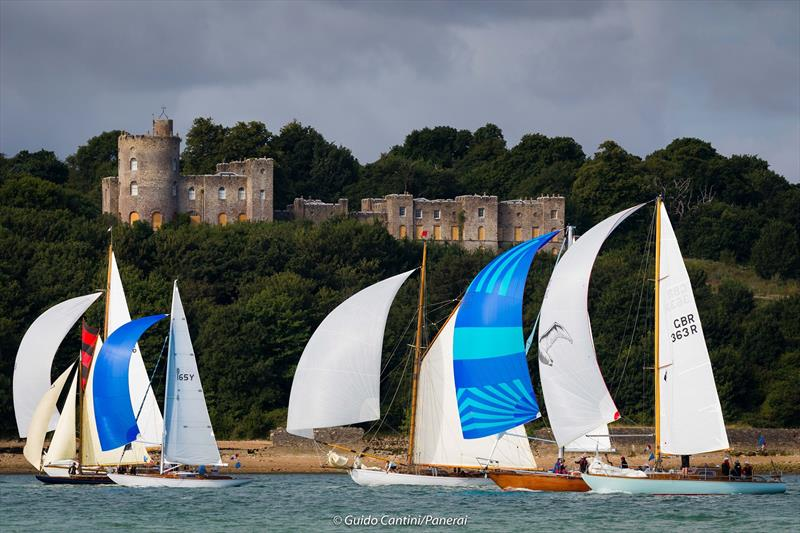 Whooper, Sunmaid V, Stiletto and other boats in front of Norris Castle on day 3 at Panerai British Classic Week - photo © Guido Cantini / Panerai