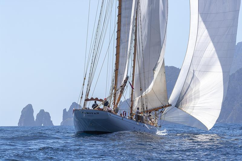 Puritan overtook Orianda at the weather mark - Capri Classica 2019 - photo © Gianfranco Forza
