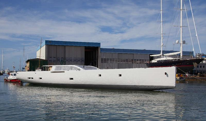 Hull of S/Y 42m E-volution arrives at Perini Navi yard in