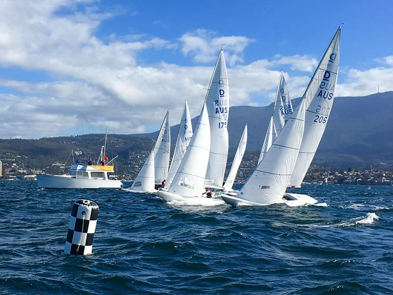 International Dragons line up for a start on the Derwent - Tasmanian Dragon Championship 2019 - photo © Steven Shield