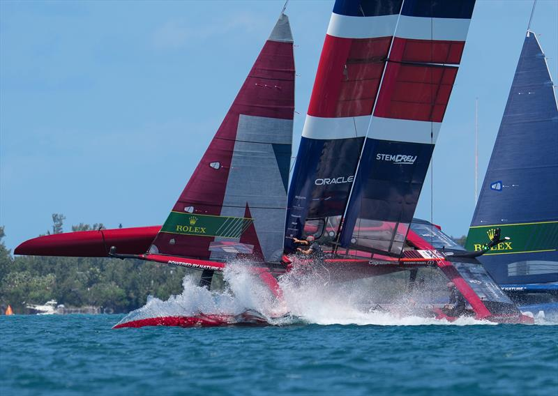 Great Britain SailGP Team presented by INEOS helmed by Sir Ben Ainslie in close action with USA SailGP Team while rounding Mark 1, during Bermuda SailGP  - photo © Thomas Lovelock/SailGP