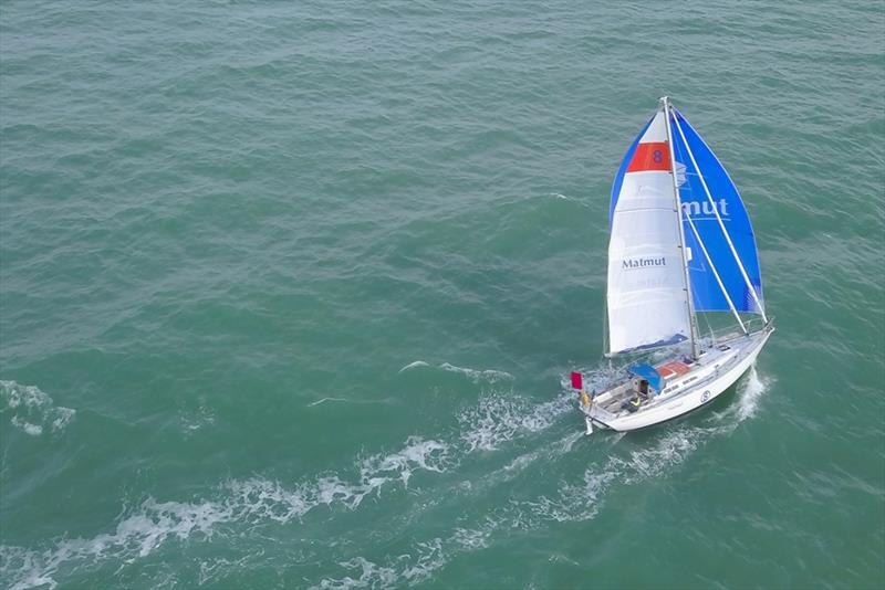Van Den Heede's yacht MATMUT has a significant lead over second placed Dutchman Mark Slats - photo © Christophe Favreau / Matmut / PPL