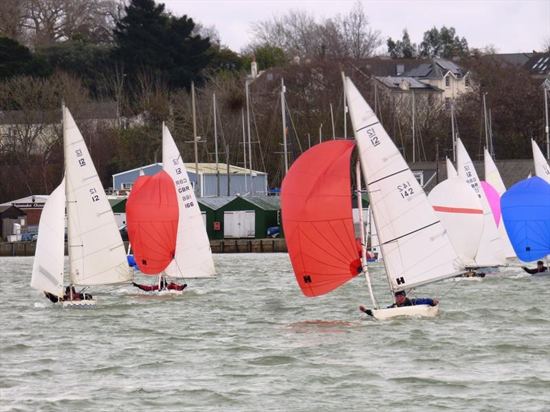 Bembridge Illusion Bailey Bowl 2019 - photo © Mike Samuelson