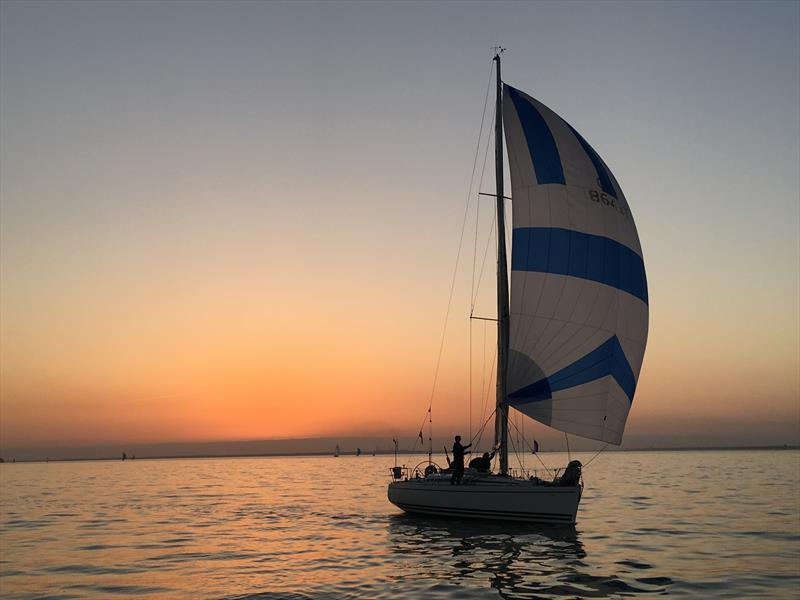 Sun and fickle winds for JOG Exposure Lights St Vaast and JOG Nab Tower races