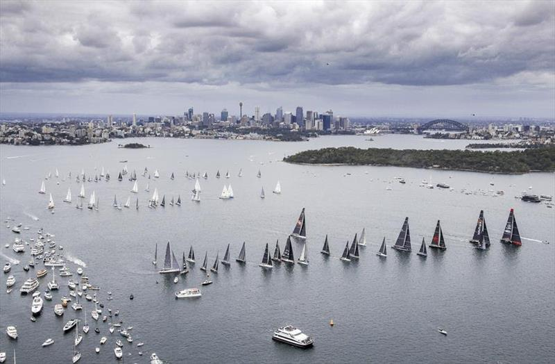2017 Rolex Sydney Hobart start - photo © Carlo Borlenghi