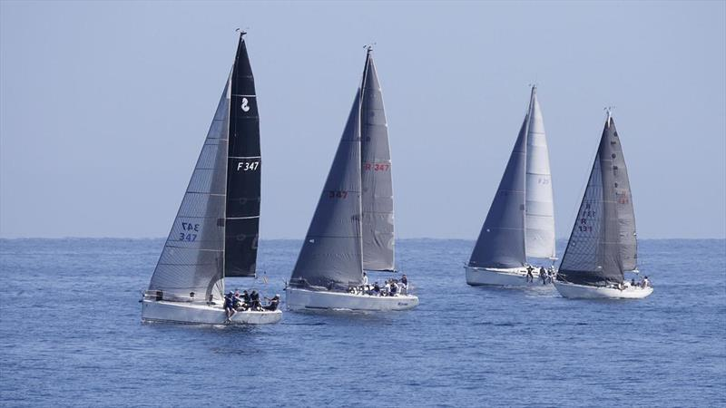 Division Two yachts racing along the coast - Cape Vlamingh Race photo copyright Lindsay Preece (Ironbark Photos) taken at Royal Freshwater Bay Yacht Club and featuring the IRC class
