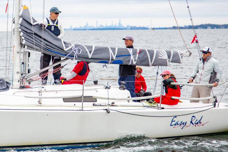Class 4 with John Cutting and crew on Easy Red - The 64th Gearbuster - photo © Mary Alice Fisher