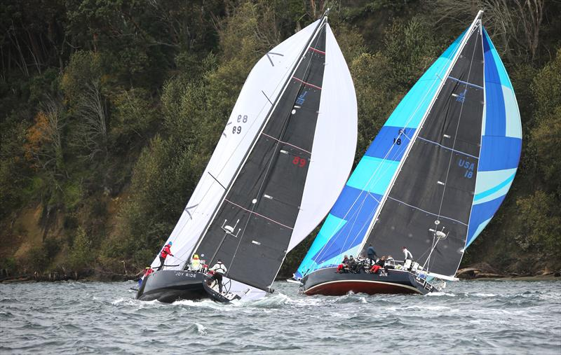 Joy Ride and her bigger J/Boat sister JAM, a J/160, battle for position - photo © Jan's Marine Photography