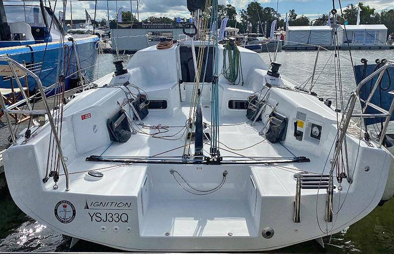Really well thought out deck layout, main and primary all so easy to work with, so it's go, go, go! Jeanneau Sun Fast 3300 - photo © John Curnow