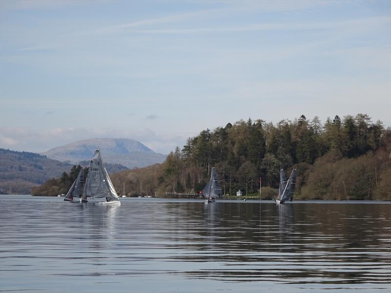 Drifting during the South Windermere K1 Open - photo © Mark Fearnley