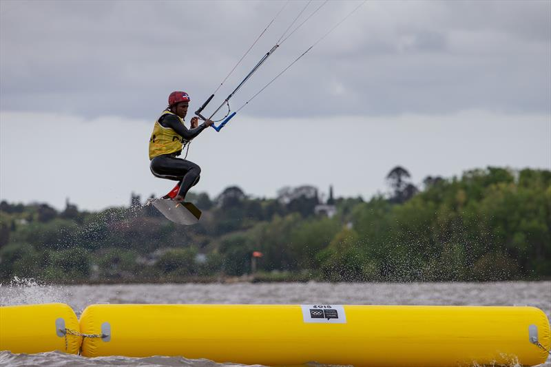 Kiteboarding at the Youth Olympic Games Leaders defend their positions but margins shrink