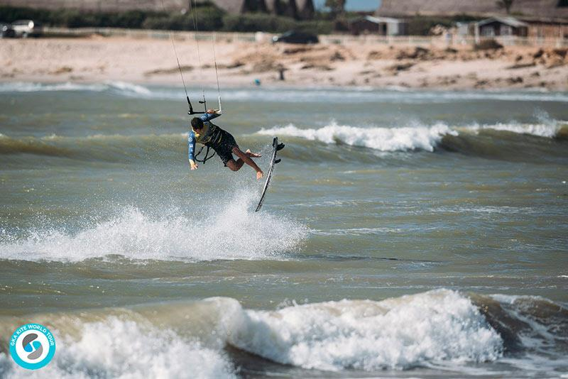 Keahi eventually landed a double shuvit, but it wasn't enough... - GKA Kite World Cup Dakhla, Day 10 - photo © Ydwer van der Heide