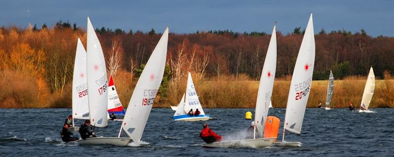 A tight mark rounding on day 6 of the Alton Water Frostbite Series - photo © Bob 'Smudger' Aldous-Horne