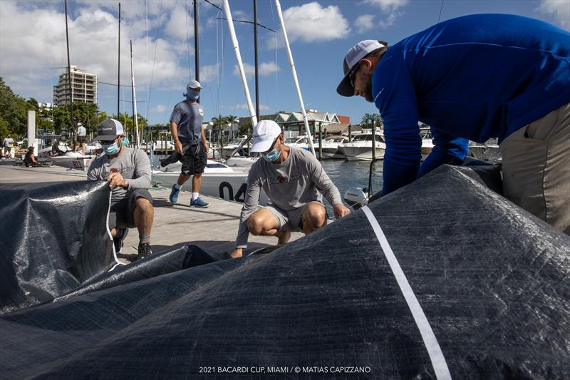 Melges 24 boat prepping at the 94th Bacardi Cup - photo © Matias Capizzano