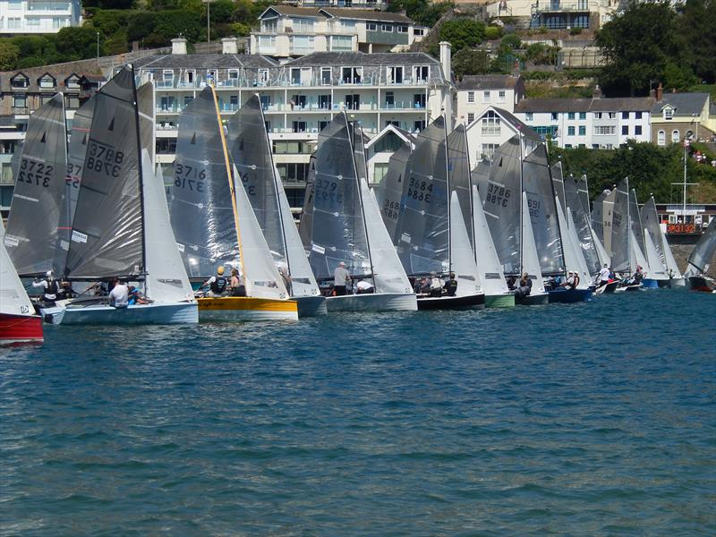 Dave Wade (3786) mid-line at Sharp's Doom Bar Salcombe Merlin Week - photo © Malcolm Mackley