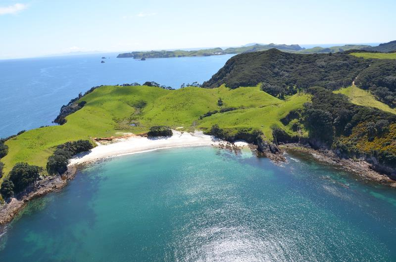The cruising waters of Mercury Island are adjacent to Whitianga Waterways and Pauanui - photo © Hopper Developments
