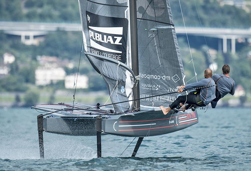 The SYRA 18 prototype in action - photo © Loris von Siebrenthal