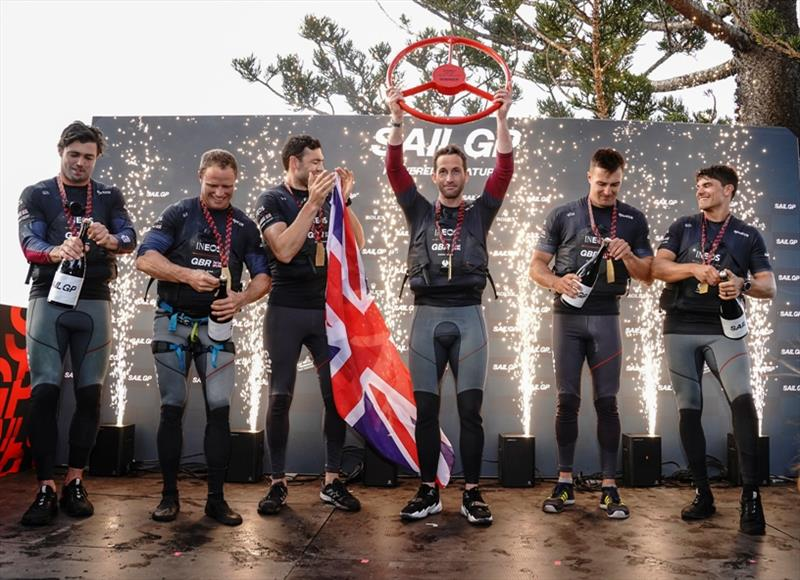Ben Ainslie, helmsman, lifts the winning trophy as Iain Jensen, Luke Parkinson, Matt Gotrel, Neil Hunter and Richard Mason of Great Britain SailGP Team celebrate winning SailGP Sydney on Race Day 2. - photo © Thomas Lovelock for SailGP