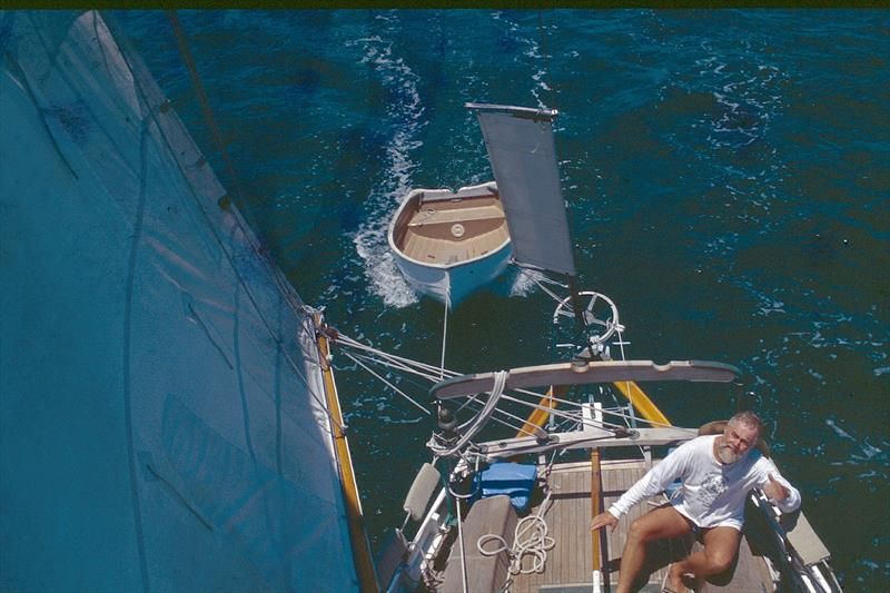 Isla Grande, Larry Pardey at the helm - photo © Lin Pardey