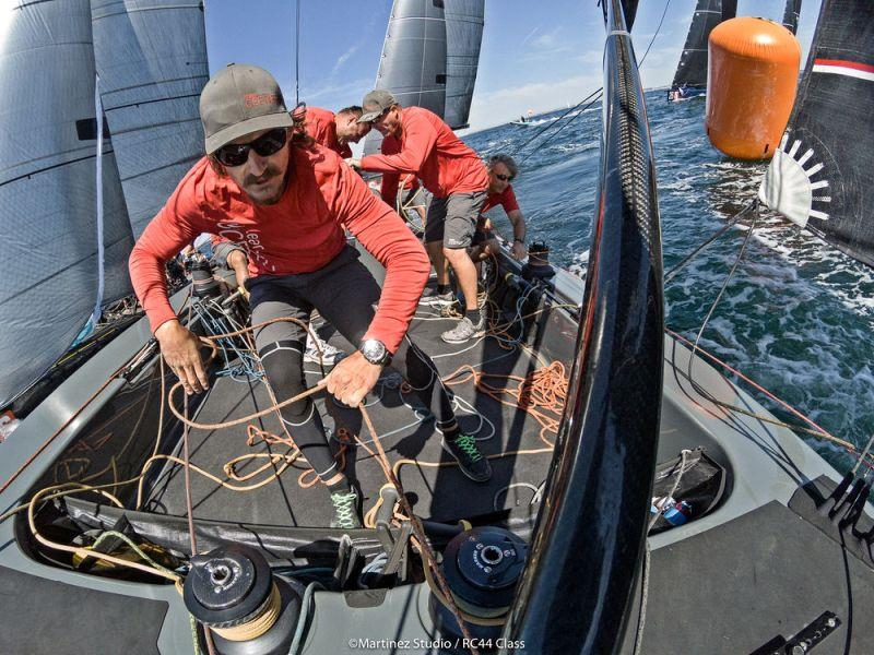 Team CEEREF's pitman Jaro Furlani hard at work in the cockpit - photo © MartinezStudio.es