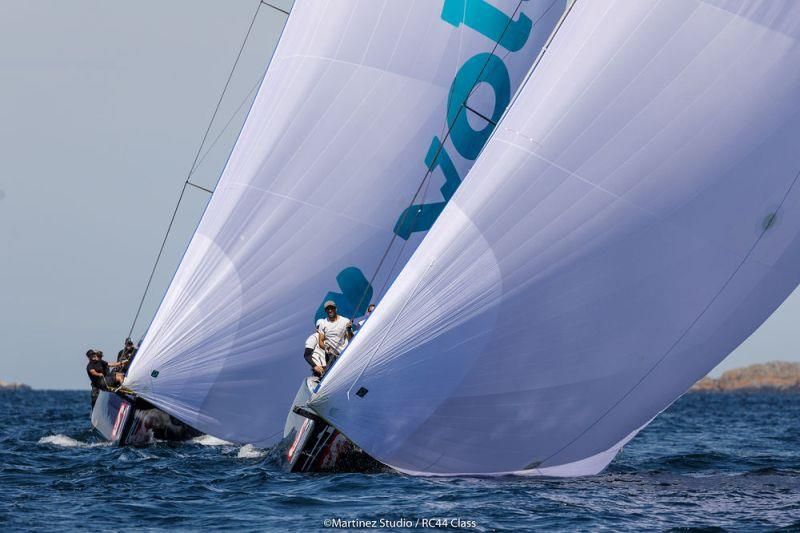 Aleph Racing leads Team Nika on the run - photo © MartinezStudio.es