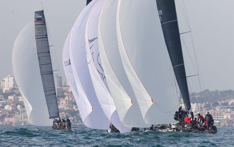 Favourable current by the shore saw most holding for as long as possible on starboard gybe on day 1 of the RC44 Cascais Cup - photo © Nico Martinez / www.MartinezStudio.es