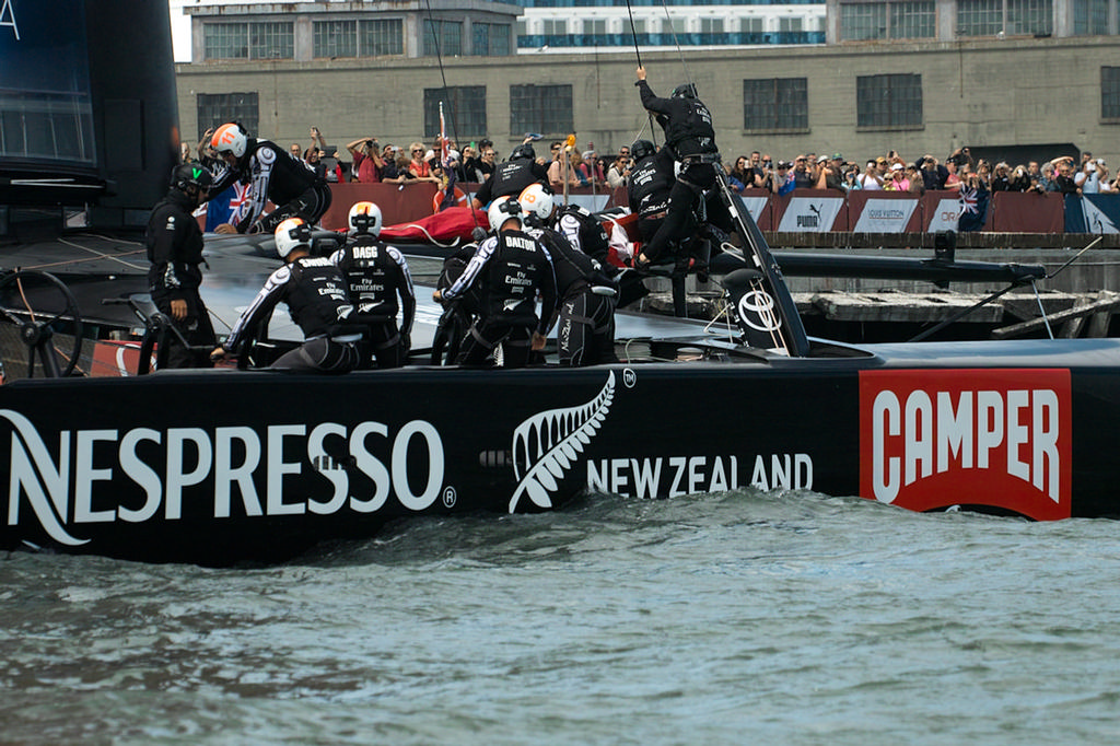 ETNZ acknowledges their crowds of supporters.  - America's Cup © Chuck Lantz http://www.ChuckLantz.com