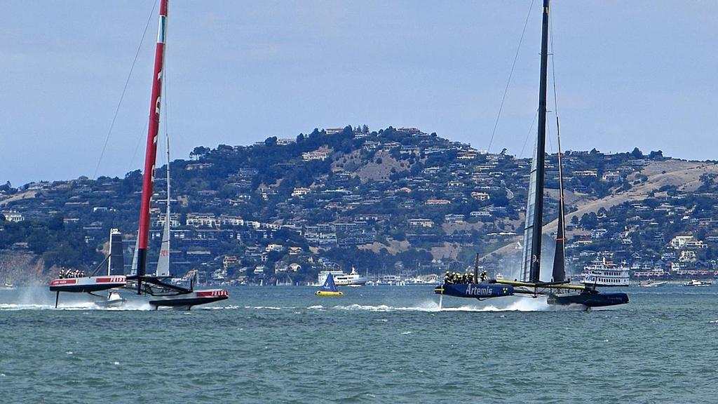 Artemis Racing leads Luna Rossa at the first mark, Semi-Final, Louis Vuitton Cup, San Francisco August 7, 2013 © John Navas