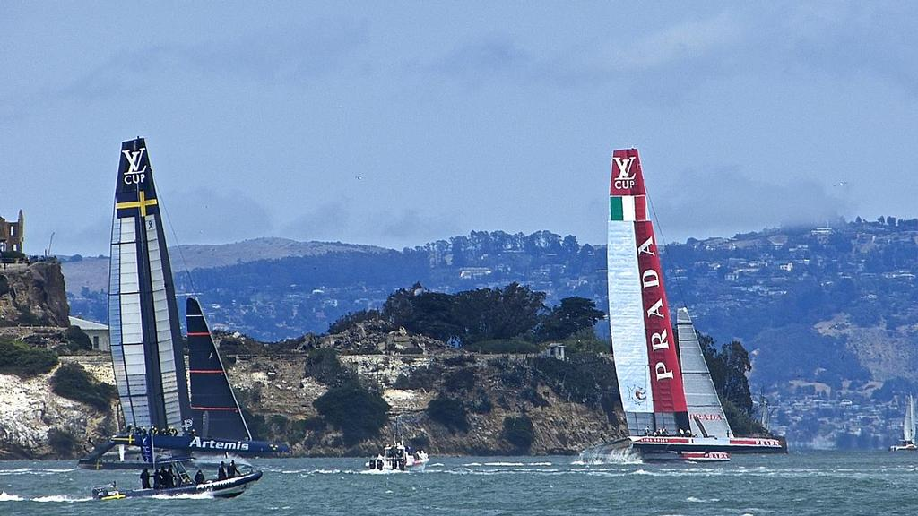 Luna Rossa leads, Semi-Final, Louis Vuitton Cup, San Francisco August 7, 2013 © John Navas
