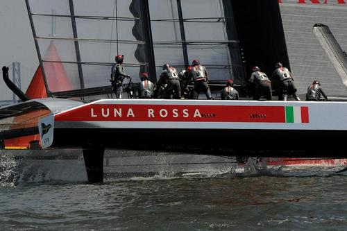 Luna Rossa passing through the mark in match race 4 of the Louis Vuitton Cup on August 21, 2013 in San Francisco California. ©  SW
