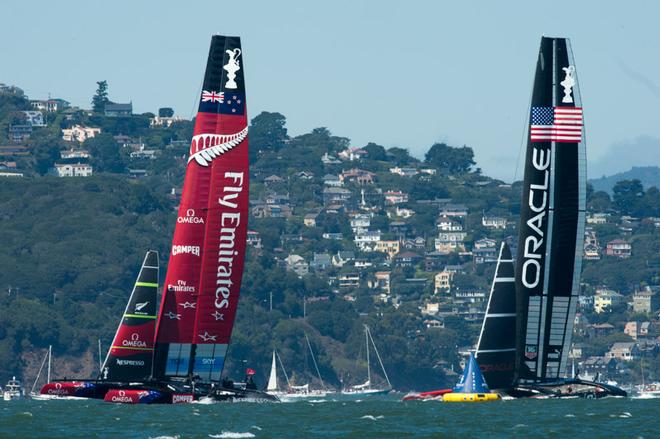 Emirates Team New Zealand and Oracle Team USA start Race eight on day five of the America's Cup 34. 14/9/2013 © Chris Cameron/ETNZ http://www.chriscameron.co.nz