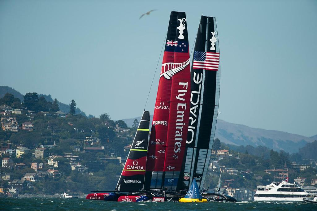 Emirates Team New Zealand NZL5 close out Oracle Team USA  at the start line in race 11 on day seven of America's Cup 34 © Emirates Team New Zealand http://www.etnzblog.com