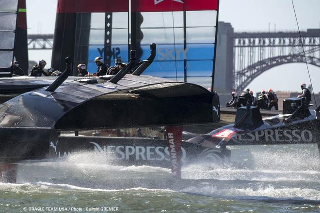 Oracle team USA in action © Oracle Team USA http://www.oracleteamusa.com