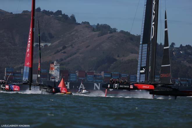 22/09/2013 - San Francisco (USA,CA) - 34th America's Cup - Oracle Team USA vs Emirates Team New Zealand, Race Day 12 © ACEA / Photo Abner Kingman http://photo.americascup.com