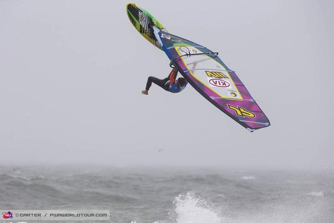 Ricardo Campello one-footed backloop - PWA Cold Hawaii World Cup 2013 ©  John Carter / PWA http://www.pwaworldtour.com