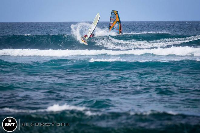 Casey (Maui Sails, Quatro, MFC) slashes and boosts his way to the final.  © Si Crowther / AWT http://americanwindsurfingtour.com/