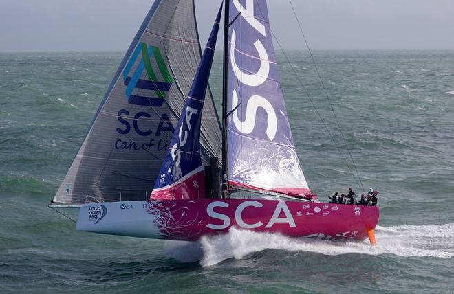 The one-design Volvo Ocean 65 keel riding on lift generated by the angled canting keel © Rick Tomlinson / Team SCA