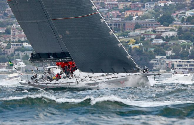 Wild Oats XI approaches the finish - Finish line, 2013 Rolex Sydney Hobart - Day 4 © Crosbie Lorimer http://www.crosbielorimer.com