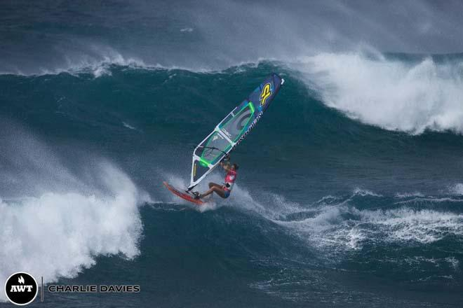 Shawna went huge, hitting the biggest of lips but couldn't always complete her moves which costs points ©  Charlie Davies / AWT http://americanwindsurfingtour.com/