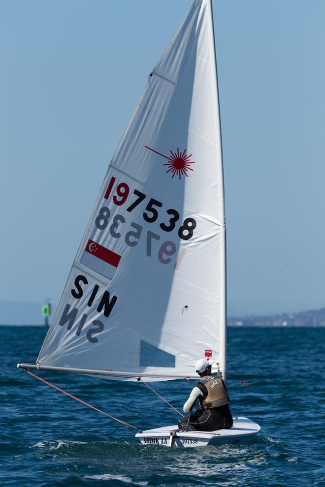 Colin Cheng (SIN) moved from Optimist to Standard rig   © Guido Brandt
