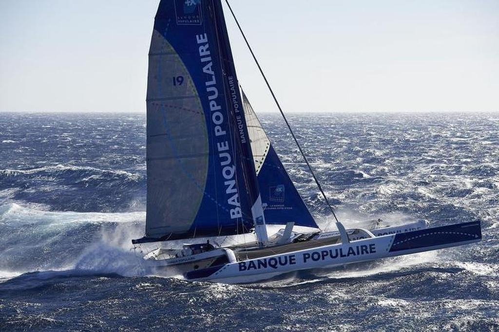 Banque Populaire VII sets new solo 24hr record distance of 677nm