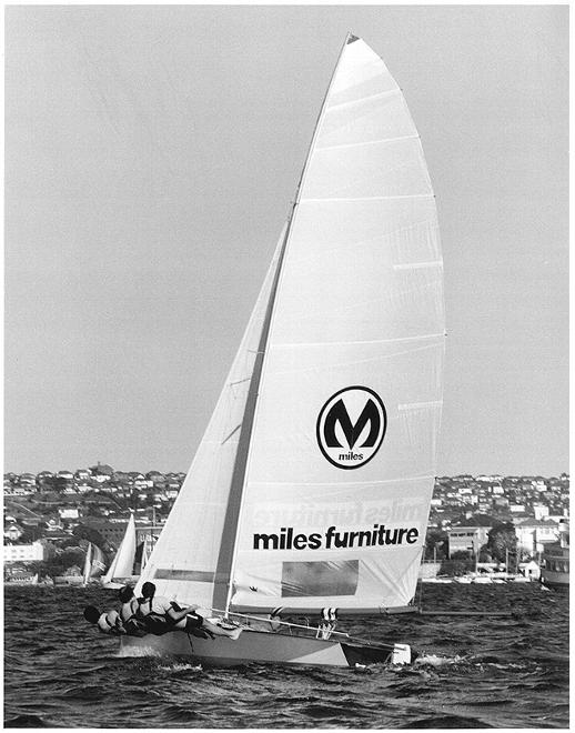 Miles Furniture's crew upwind © Frank Quealey /Australian 18 Footers League http://www.18footers.com.au