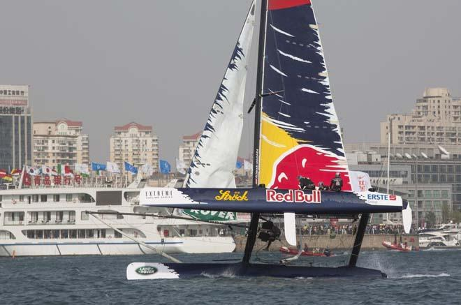 Red Bull Sailing Team © Lloyd Images/Extreme Sailing Series