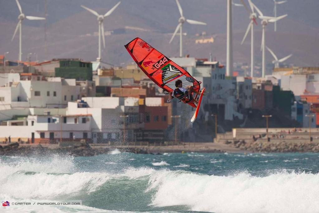 Philip Köster double forward - 2014 PWA Pozo World Cup / Gran Canaria Wind and Waves Festival ©  Carter/pwaworldtour.com http://www.pwaworldtour.com/