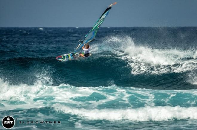 Sarah Hauser. AWT Severne Starboard Aloha Classic 2014.   © Si Crowther / AWT http://americanwindsurfingtour.com/