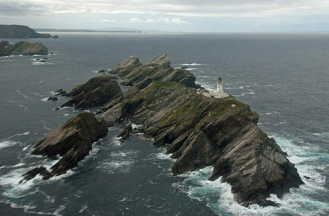 The most northerly point on the Sevenstar Round Britain and Ireland Race course, Muckle Flugga © Northern Lighthouse Board