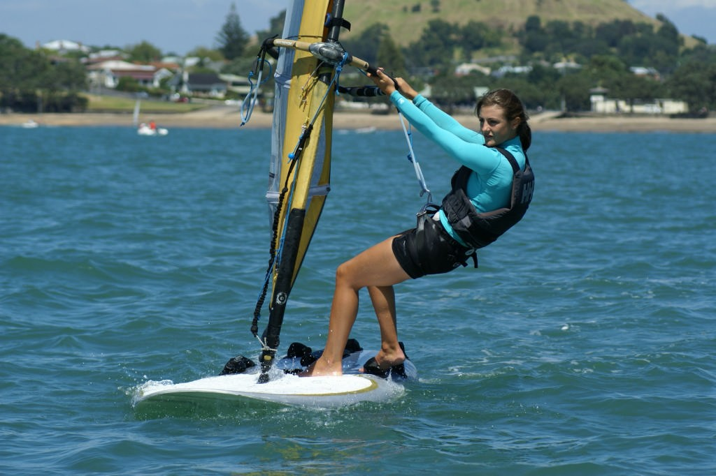 Justina Sellers, competing in the 2007 Auckland Secondary Schools Regatta.  © Richard Gladwell www.photosport.co.nz