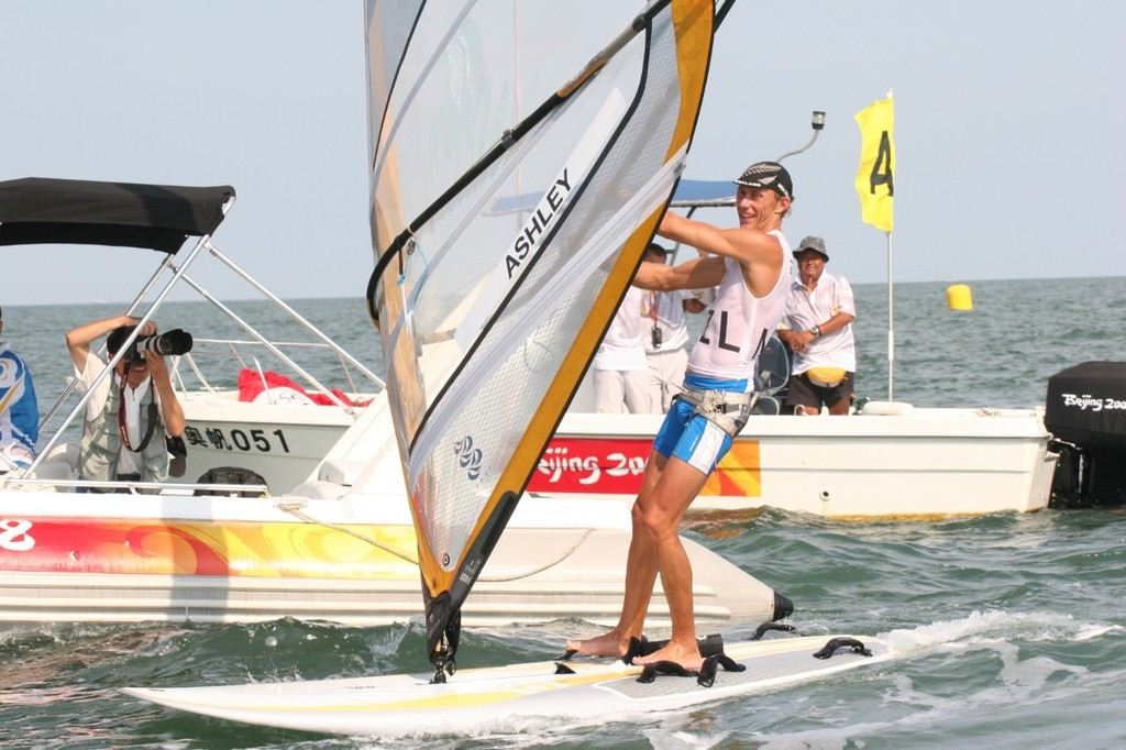 Tom Ashley - Qingdao RS:X Medal Race - photo © Richard Gladwell <a target=