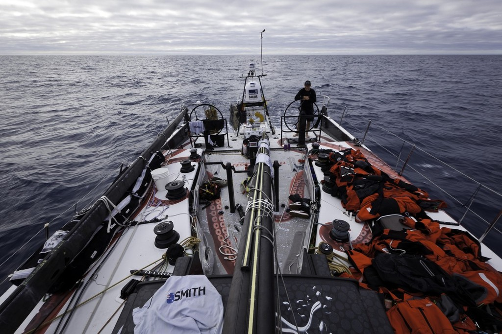 bd62b0476f70 ... driving ``Mar Mostro`` towards Tristan de Cunha island with all of the  foul weather gear on deck to dry. PUMA Ocean Racing powered by BERG is  dismasted ...